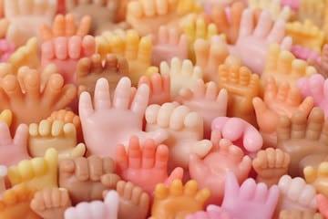 Sapone per mani a forma di mano