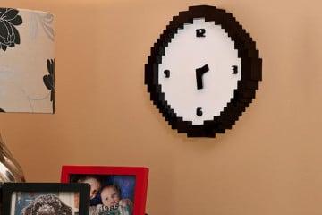 Pixel Time, l'orologio 8-bit
