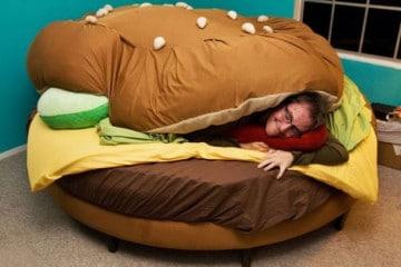 Un letto a forma di Hamburger