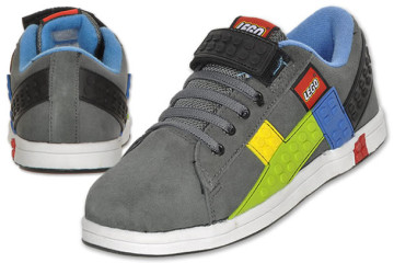 Le scarpe della LEGO