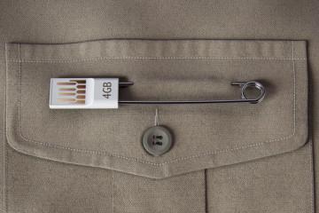Spilla da balia USB