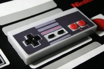Il controller NES in versione saponetta