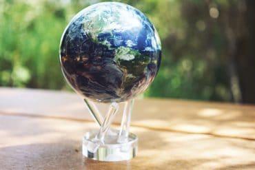 Mova Globe, il globo terrestre rotante