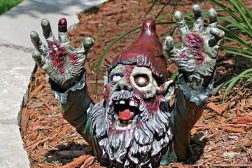 Lo zombie… Gnombie