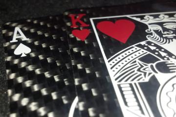 Le carte in fibra di carbonio