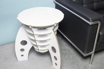 Rocket Table di cartone