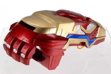 Il pugno meccanico di Iron Man