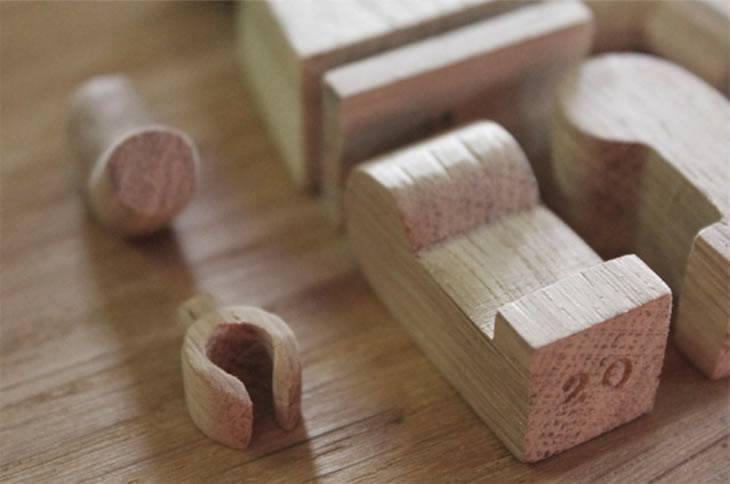 omino-lego-di-legno-dettaglio
