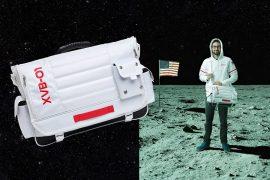 La tracolla da astronauta
