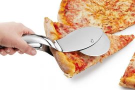 Pinza con rotella per pizza