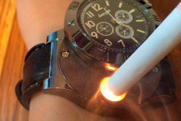 Orologio con accendisigari