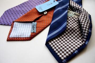 Cravatte con tasca nascosta