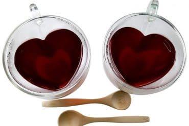 Tazze da tè a forma di cuore