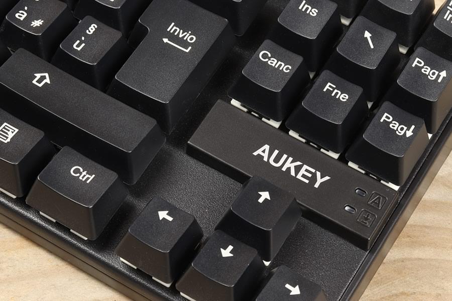 tastiera-meccanica-aukey-1