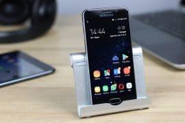 Stand AUKEY per smartphone e tablet