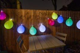 Filo con palloncini luminosi