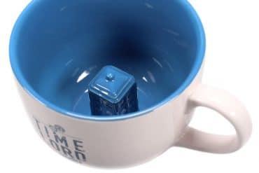 Tazza TARDIS nascosto