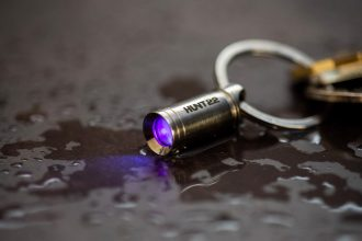 Torcia UV più piccola del mondo