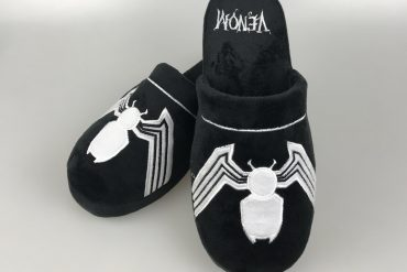 Pantofole Venom