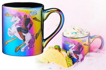 Mug iridescente di Deadpool