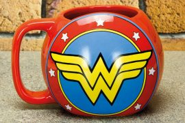 Tazza scudo di Wonder Woman