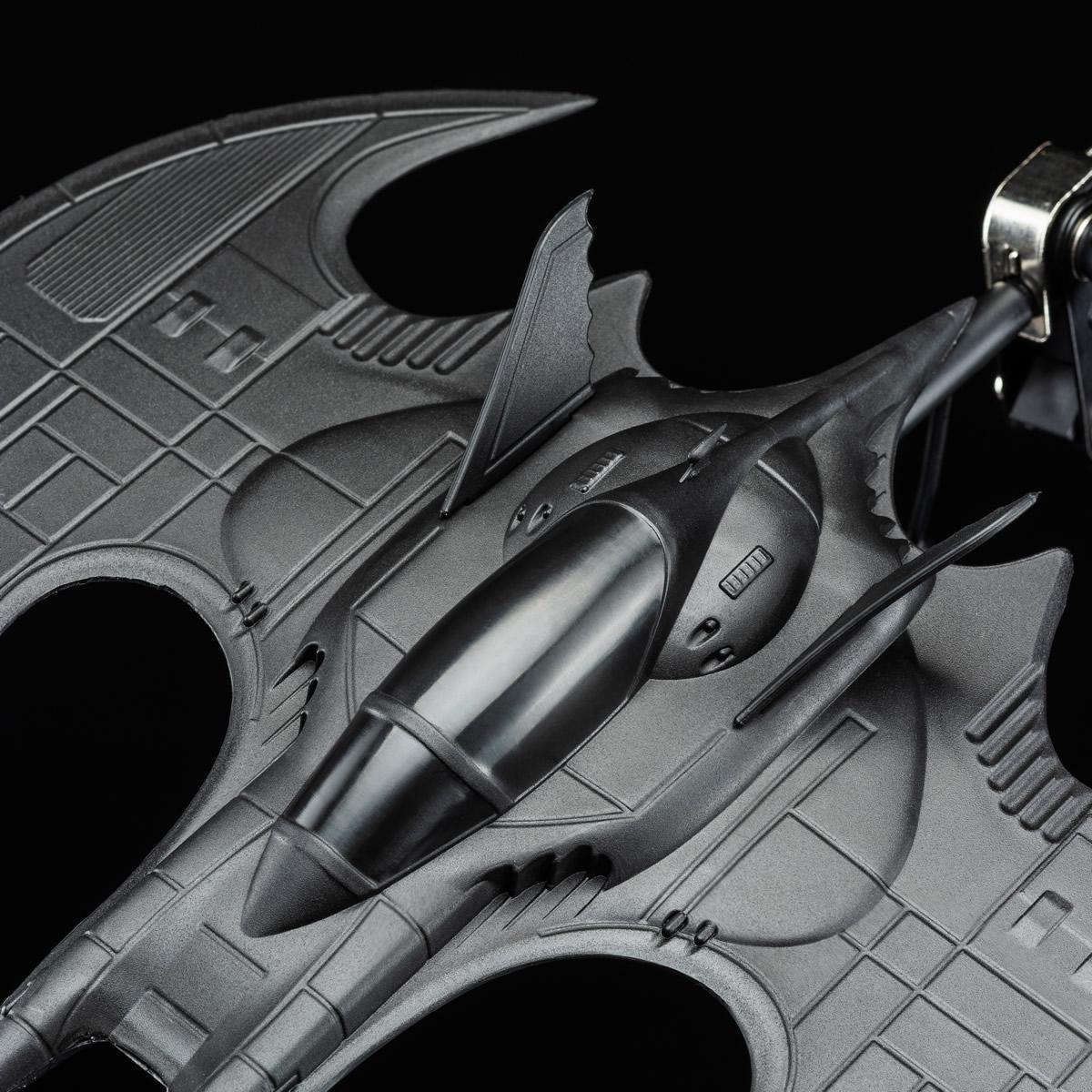 Lampada da scrivania Batwing (dettaglio)